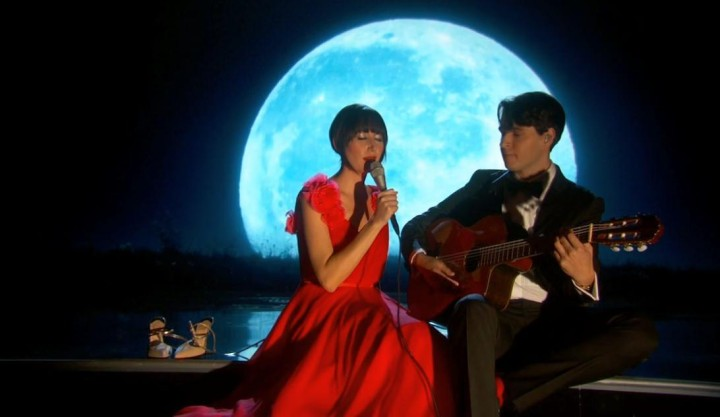 Karen-O-Oscars-2014-The-Moon-Song-Video
